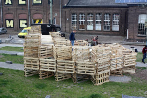 01 Onix NL Megameubel Tilburg pallets S